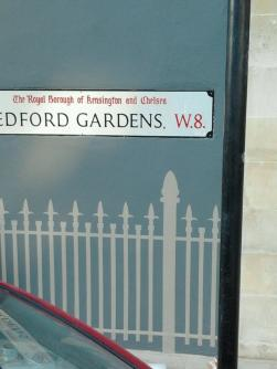 Railings London sign writer Nick Garrett